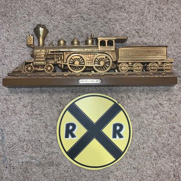Train Decor Bundle